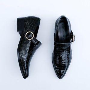 Freda Salvador Khalo Black Croc Loafer